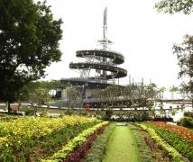 香港大埔公园回归塔
