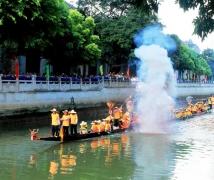 广州炮仗龙舟。