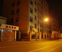 在上海黃浦區街頭的深夜