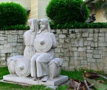 雕塑�X南人
