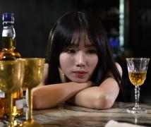 酒吧女郎 - 嘉嘉