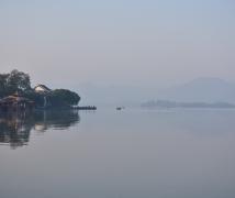 西湖的早晨