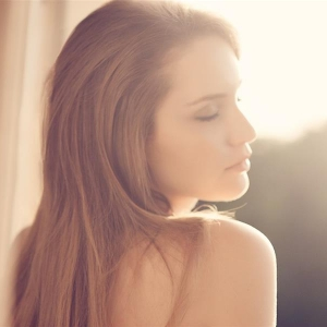 清新私房 将女性精致脸庞与身体融合