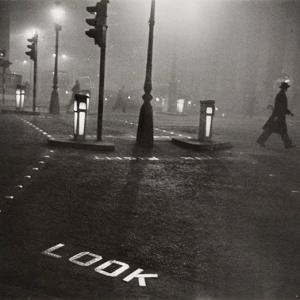 那些在大雾中优雅漫步的绅士们